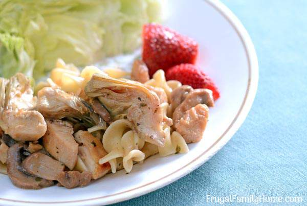 Chicken Artichoke Casserole ~ This is a healthy chicken artichoke pasta recipe is easy enough for everyday dinner but fancy enough for a company dinner.