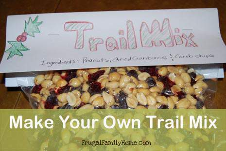Homemade Christmas Gifts…Make Your Own Trail Mix