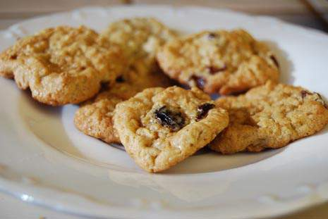 Christmas Candy and Cookies…Oatmeal Raisin Cookies