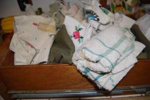 Decluttering Drawers Day in LIfe 5