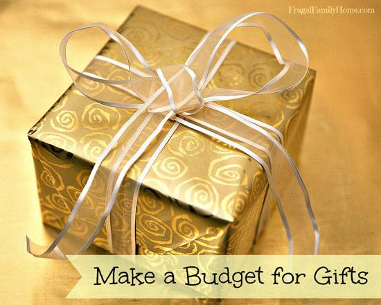 Setting a Budget for Holiday Gifts {Free Printable}