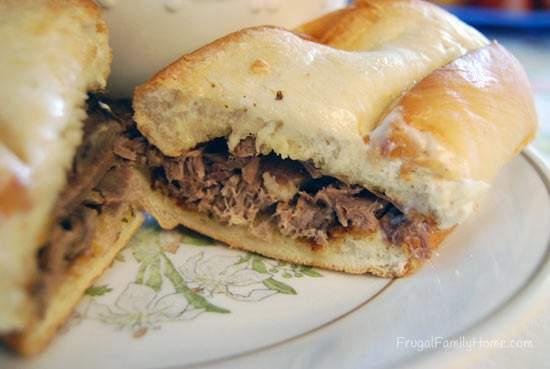 tasty roast beef sandwich