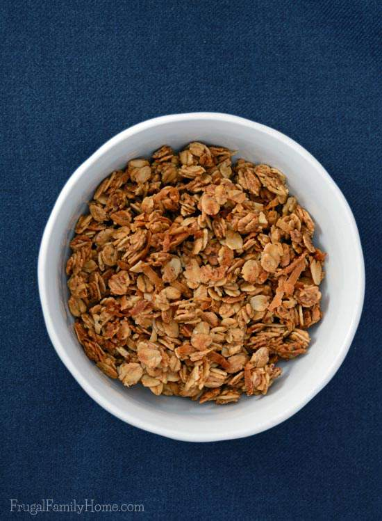 Ways to Save Money, Make Your Own Granola