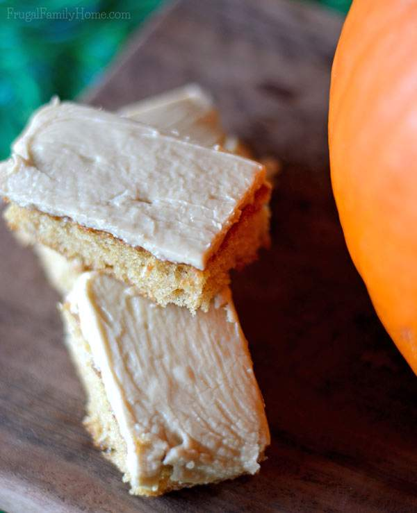 Caramel frosted pumpkin bars recipe | Frugal Family Home