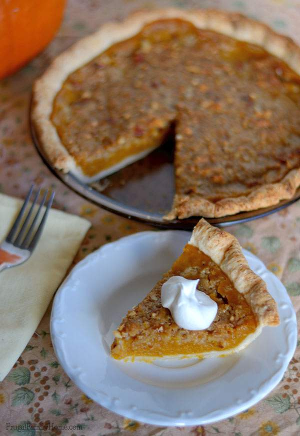 Pumpkin Pie with Crumble Topping | Frugal Family Home