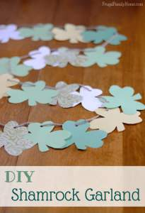 Easy St. Patrick's Day Craft, Shamrock Garland