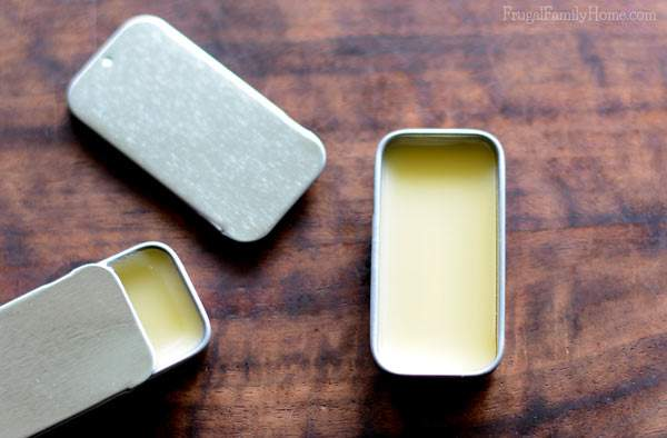 An easy recipe for making your own honey lip balm.