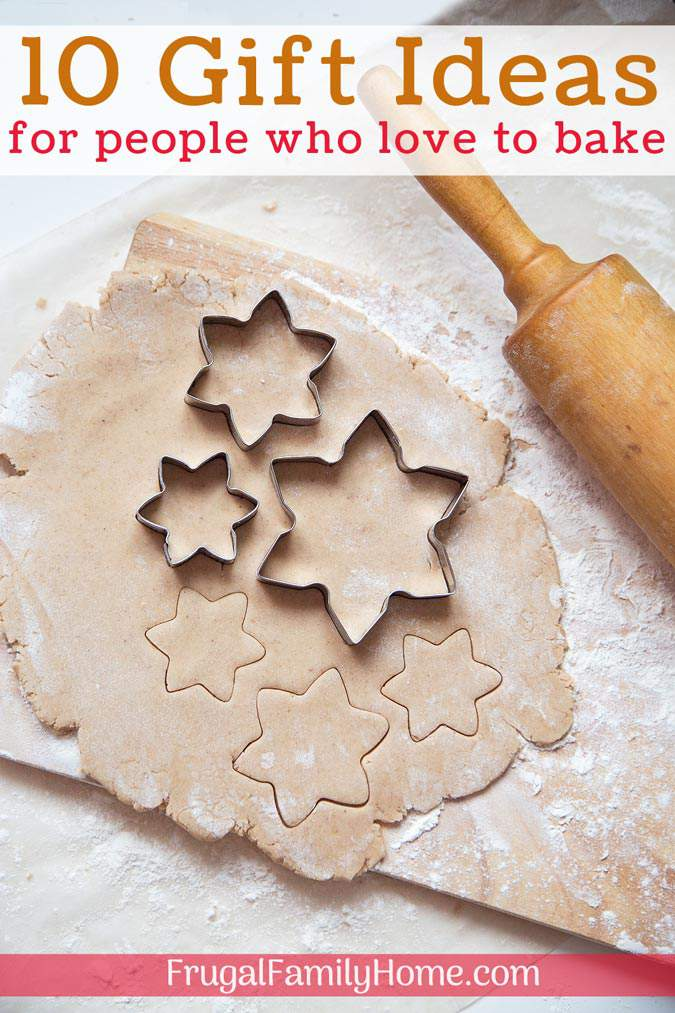 Need a gift idea for a person who loves to bake? I've got 10 suggestions for tools I just love. Most are really inexpensive too. Come find the perfect gift for the baker on your list.