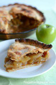 How to Make a Simple Apple Pie with Video Tutorial