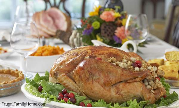 A few ideas to help simplify your thanksgiving or any holiday. These 5 tips help me to keep our holiday meal simple.