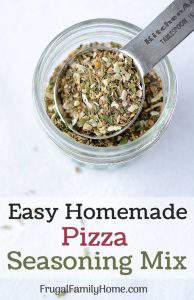 Homemade Pizza Seasoning Mix ~ This recipe is an easy DIY recipe for pizza seasoning mix. Its simple to make at home and really jazzes up the flavor of pizza.