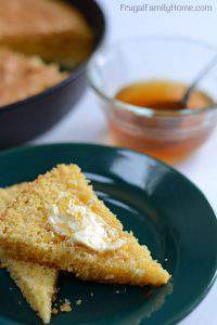 How to Make Sweet Cornbread from Scratch