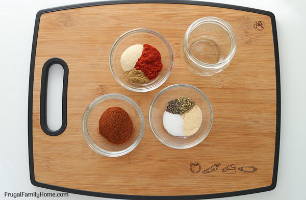 Ingredients to make taco seasoning from scratch