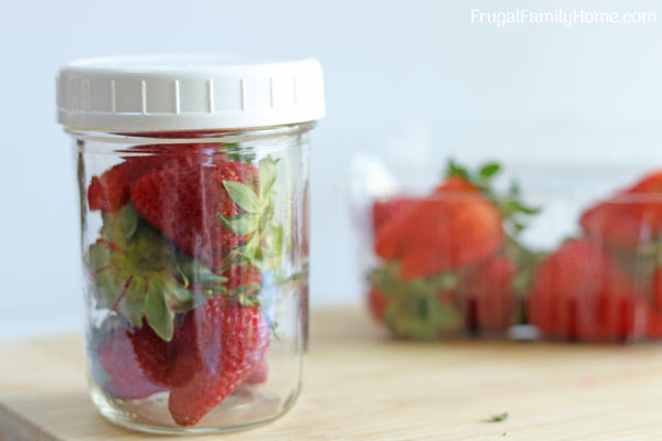 The lazy way to store strawberries longer.
